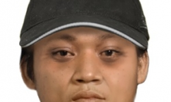 The man is described as Asian in appearance, 150cm tall, black short hair and a chubby build. The man was wearing a black cap, light grey hoody jumper with 'I love NY' on the front and blue denim jeans.